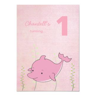 """Delfín rosado debajo de la tarjeta de la foto del invitación 4.5"""" x 6.25"""""""