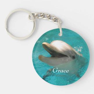 Delfín sonriente llavero redondo acrílico a doble cara