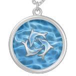 Delfínes en agua joyeria personalizada