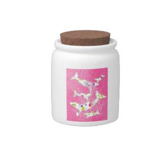 Delfínes en fondo rosado floral jarra para caramelo