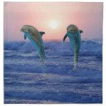 Delfínes en la salida del sol servilletas