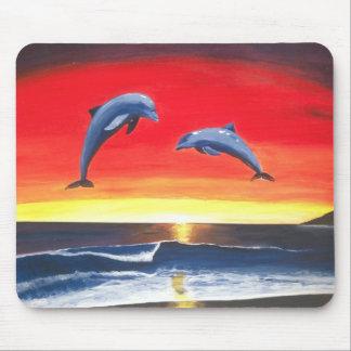 Delfínes en los amos del océano del arte de MouseP Mousepads
