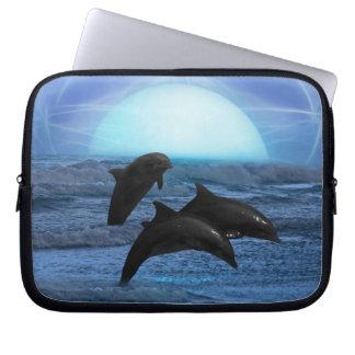 Delfínes por claro de luna fundas computadoras