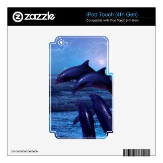 Delfínes que juegan en la piel del océano calcomanía para iPod touch 4G