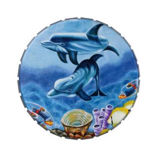 Delfínes y arte tropical de los pescados latas de dulces