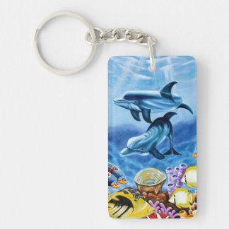 Delfínes y arte tropical de los pescados llavero rectangular acrílico a doble cara