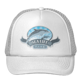 Delfínes y gorra del parque del mar