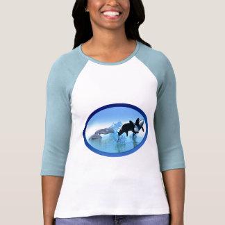 Delfínes y la camiseta de la orca playera