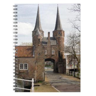 Delft, canales y entrada de la ciudad cuaderno
