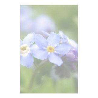 Delicado olvídeme no las flores papelería