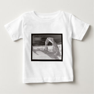 Delicate Arch Spirit T-shirts