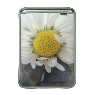 Delicate daisy sleeves for MacBook air