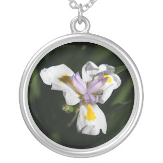 delicate flower silver plated necklace