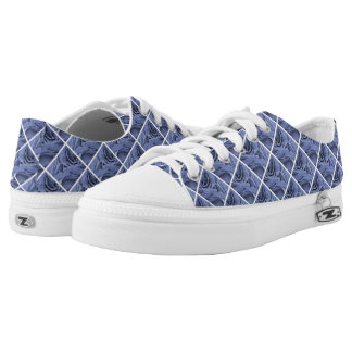 Delicate light blue gray roses flower photo Low-Top sneakers