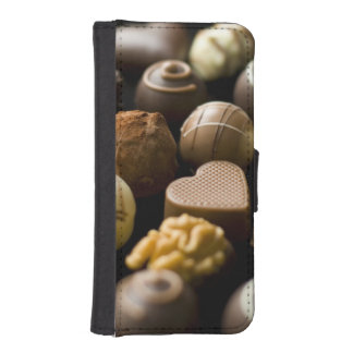 Delicious chocolate pralines iPhone SE/5/5s wallet