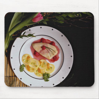 Delicious Low-calorie chicken breast plate Mouse Pad