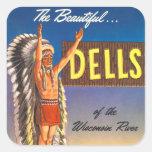 Dells retros de Wisconsin del jefe indio del kitsc Calcomania Cuadrada Personalizada