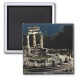 Delphi, Grecia Imanes