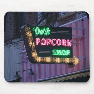 Del's Popcorn-Decatur, IL Mouse Pad