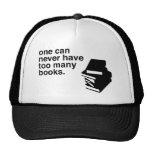 demasiados libros gorras