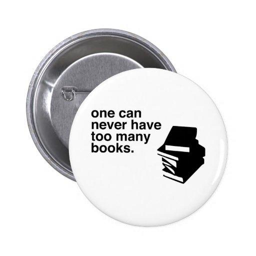 demasiados libros pin redondo 5 cm