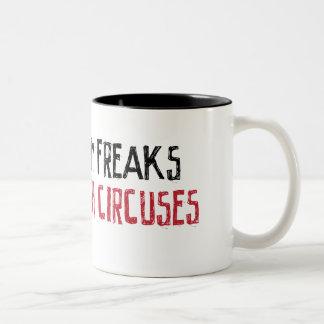 Demasiados monstruos no bastantes circos taza de café