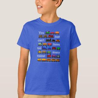 Demasiados trenes en color oscuro camisas