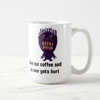 Déme el café y nadie consigue la taza lastimada