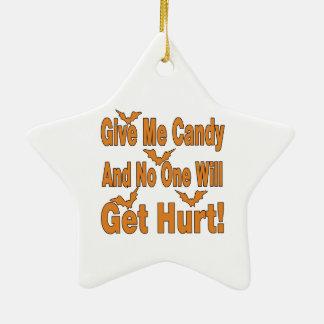 Déme el caramelo que nadie conseguirá lastimado adornos de navidad