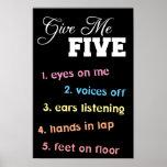 Déme el poster cinco para los profesores