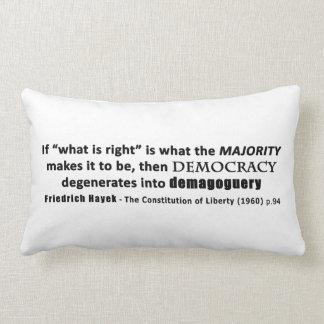 Democracia y demagogia de la cita de Friedrich Hay