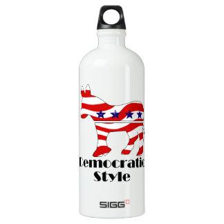 Demócrata con estilo botella de agua