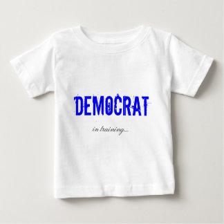 Demócrata en camisa del entrenamiento
