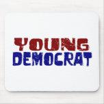 Demócrata joven alfombrillas de raton
