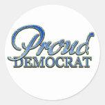 Demócrata orgulloso con clase pegatina redonda