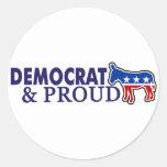 Demócrata y orgulloso pegatina redonda