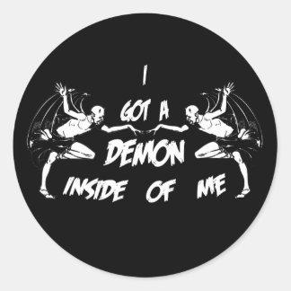 Demonio dentro de II Pegatina Redonda