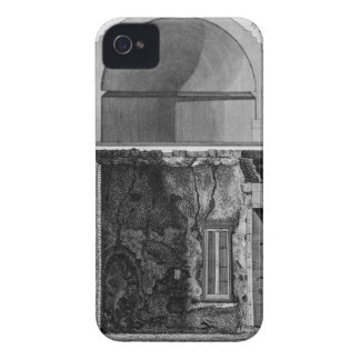 Demonstration of cross-section diameter iPhone 4 Case-Mate case