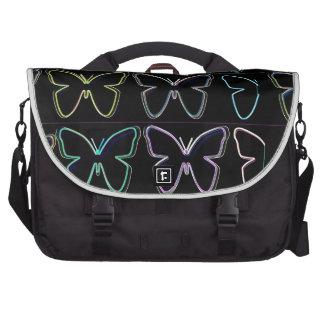 Demostración de la mariposa bolsas para portatil