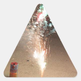 Demostración de los fuegos artificiales pegatina triangular