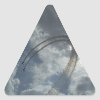 Demostración del vuelo de truco pegatina triangular
