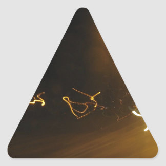 Demostración ligera pegatina triangular