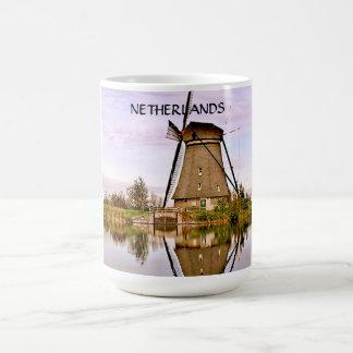 DEN HAAG  THE NETHERLANDS BASIC WHITE MUG