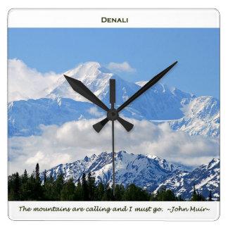 Denali/Mtns está llamando-j a Muir/con la frontera Reloj Cuadrado