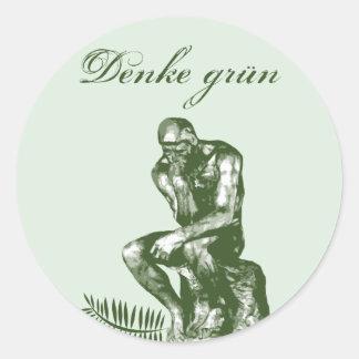 Denke grün - Mit Auguste Rodins Denker Classic Round Sticker
