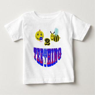 dentición feliz de 2 abejas playera de bebé