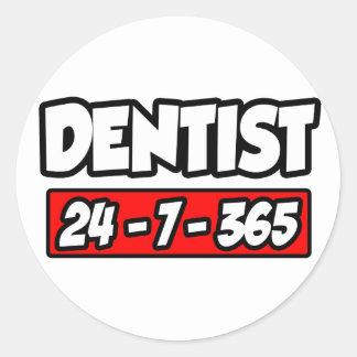 Dentist 24-7-365 classic round sticker