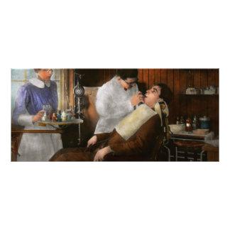Dentist - An incisive decision - 1917 Rack Card