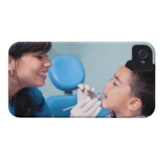 DENTIST, DOCTOR AND PATIENCE RELATIONSHIP iPhone 4 Case-Mate CASE