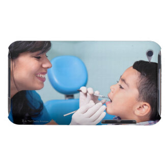 DENTIST, DOCTOR AND PATIENCE RELATIONSHIP iPod Case-Mate CASE